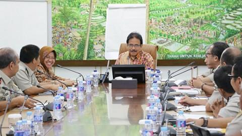 Seluruh Tanah di Surabaya Ditarget Bersertifikat Akhir 2017
